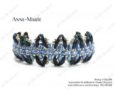 """Bracelet """"Anne-Marie"""" dans les tons bleu pâle, marine et argenté"""