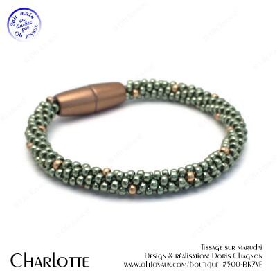 Bracelet  Charlotte en vert et soupçon de champagne