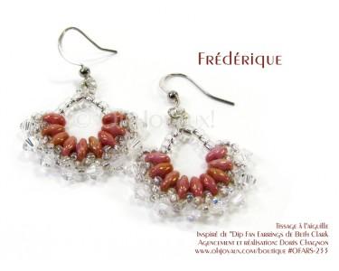"""Boucles d'oreilles """"Frédérique"""" en vieux rose et cristal"""