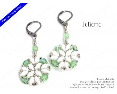 """Boucles d'oreilles """"Juliette"""" de couleur péridot, blanc, et argenté"""