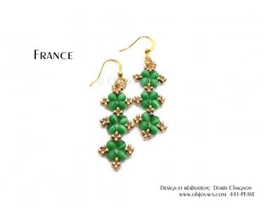 """Boucles d'oreilles """"France"""" en vert et or"""