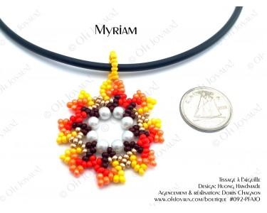 """Pendentif """"Myriam"""" en teintes jaune et orangé"""